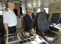 Компания SOCAR сдала в эксплуатацию два судна для поддержки морских нефтегазовых операций, глава SOCAR Ровнаг Абдуллаев, Баку, Азербайджан, 20 сентября 2010 г.