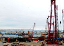 Азербайджанская нефтяная промышленность за свою более чем 150-летнюю историю прошла большой путь развития. Баку, Азербайджан, 24 января 2015 г.