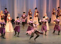 Performance of State Dance Ensemble of the Azerbaijan State Philharmonic Hall named after Muslim Magomayev at the opening ceremony of the first Baku Shopping Festival