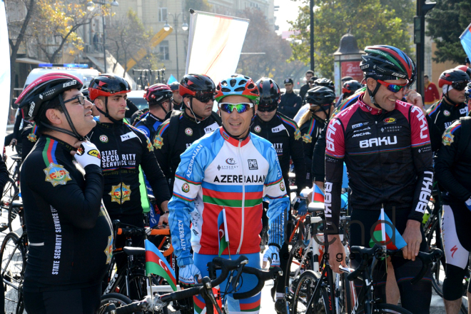 Baku holds cycling race devoted to State Flag Day. Azerbaijan, November 5, 2017